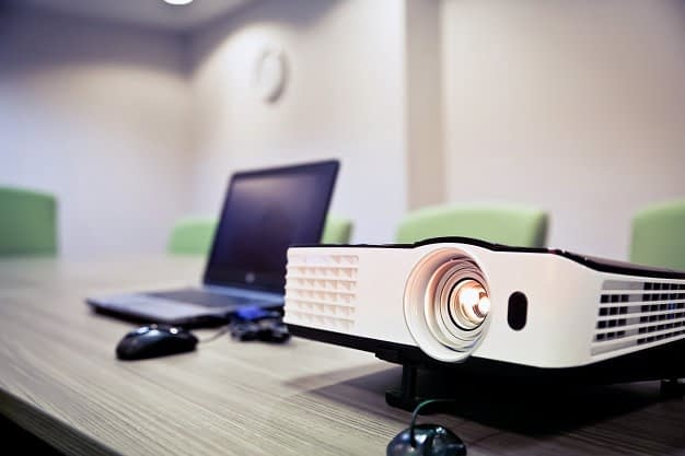Complete Beginner's Guide to Buying Projectors